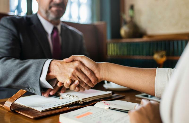 Faire appel à un avocat en droit du travail suite à un litige